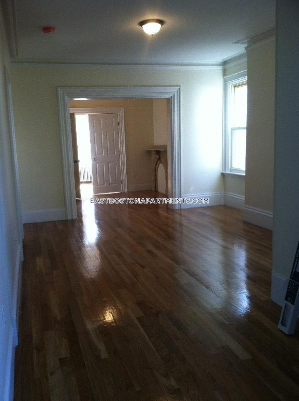5 Beds 2 Baths - Boston - East Boston - Central Sq Park $3,450