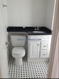 Northeastern/symphony 2 Bed / 1 Bath HEMENWAY STREET Boston - $3,200 No Fee